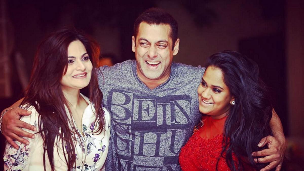 Salman Khan with his sisters Alvira (left) and Arpita.