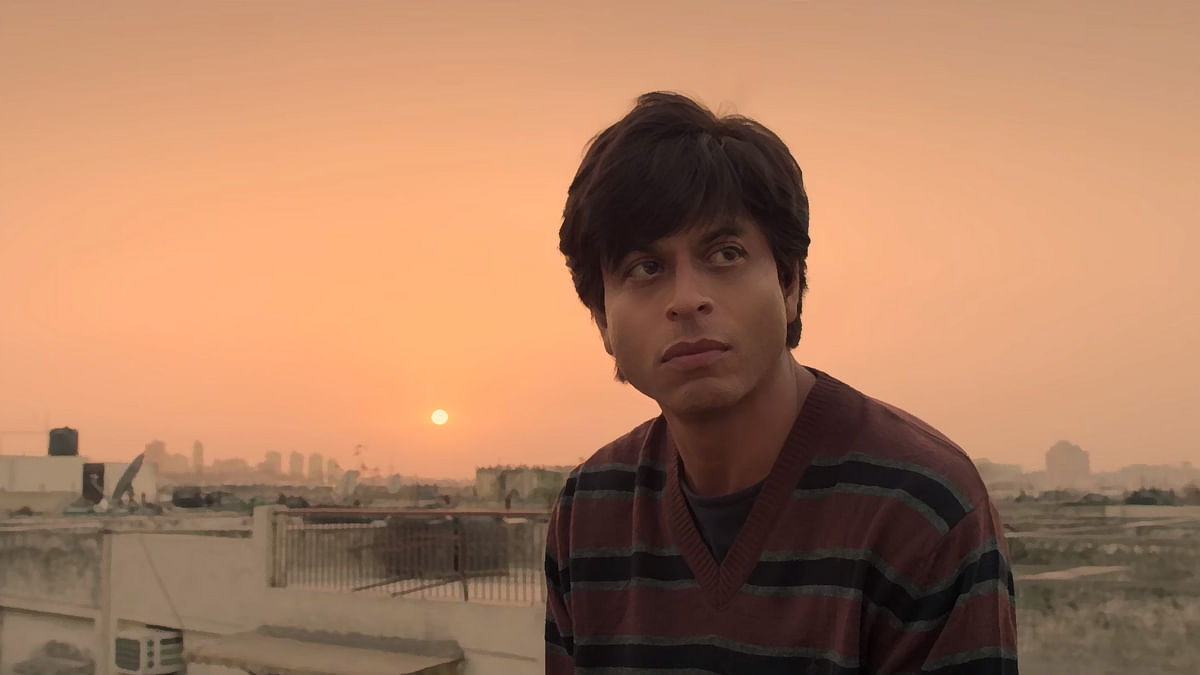 Shah Rukh Khan plays the star and his own  psychotic fan in his upcoming film FAN (Photo: YouTube/YRF)