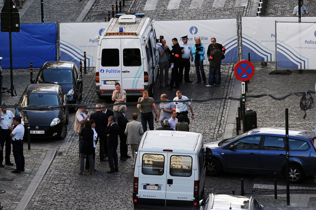 Police personnel are seen at the site of a shooting in central Brussels May 24, 2014. (Photo: Reuters)