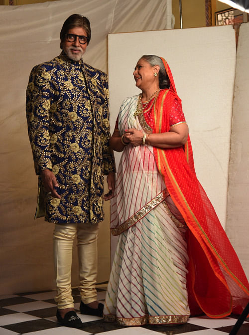 Behind the scenes with Mr & Mrs Bachchan (Photo: srbachchan.tumblr.com)
