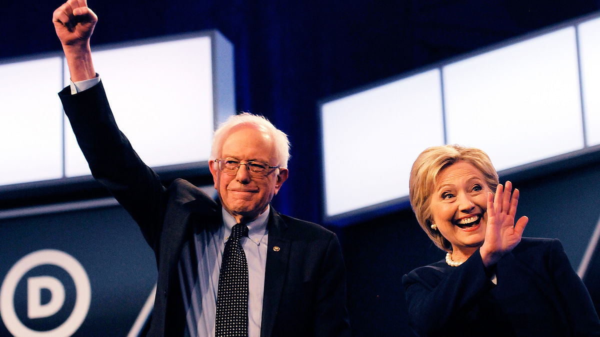 Democratic presidential candidates Bernie Sanders and Hillary Clinton on 9 March  2016. (Photo: AP)