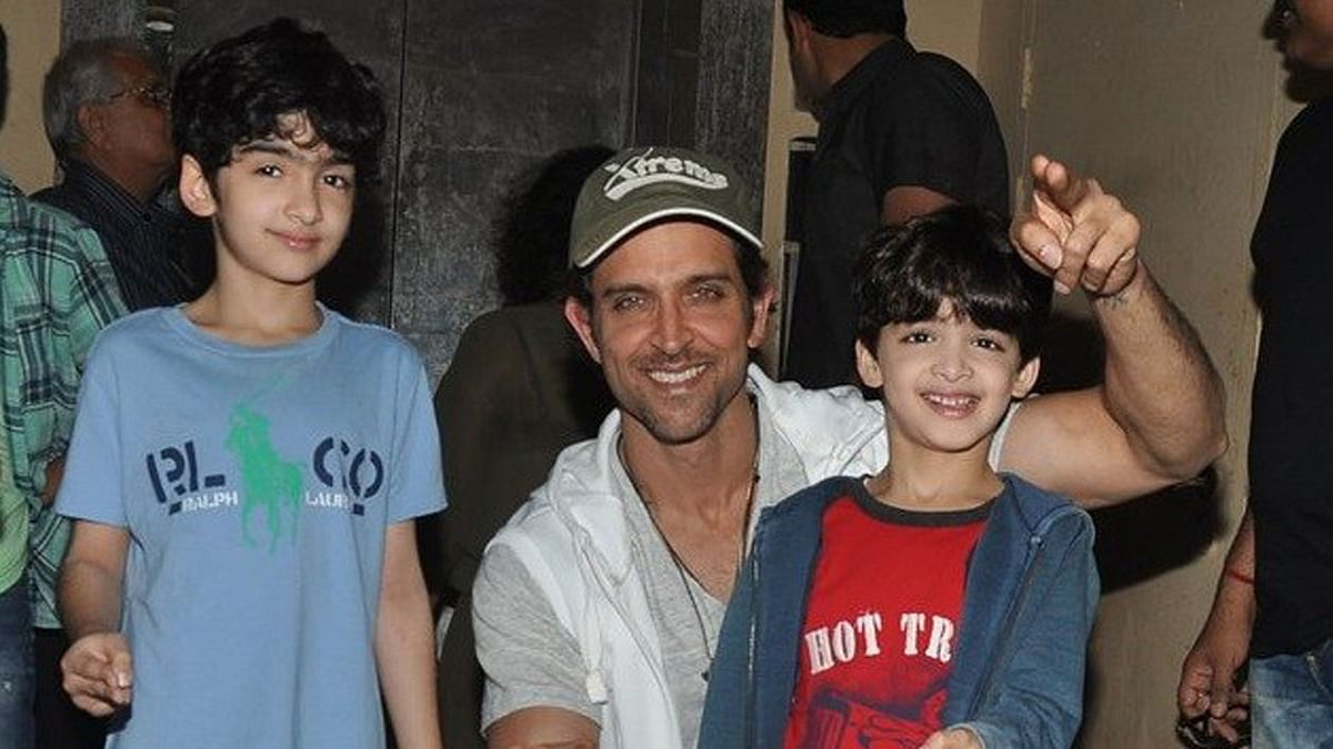 Hrithik Roshan with his sons Hridhaan and Hrehaan (Photo: Yogen shah)
