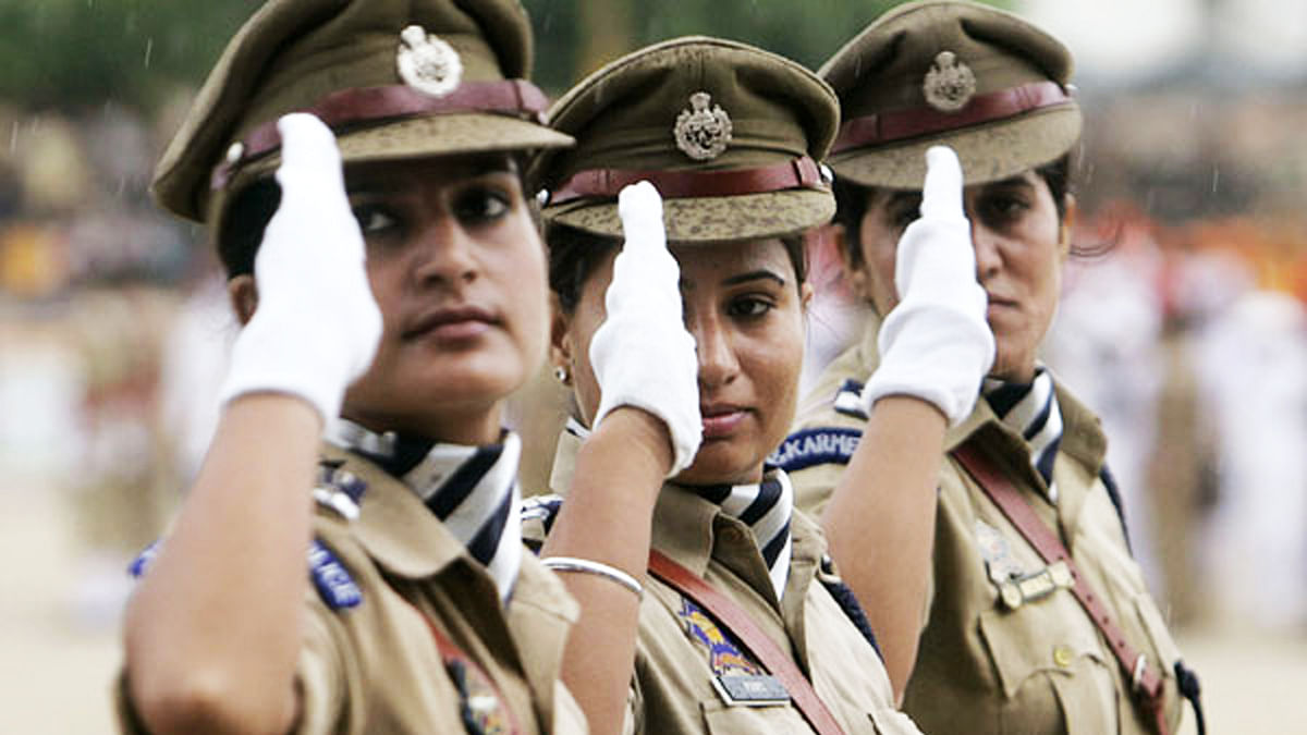Govt Allows Women to Be Combat Officers in All Armed Police Forces