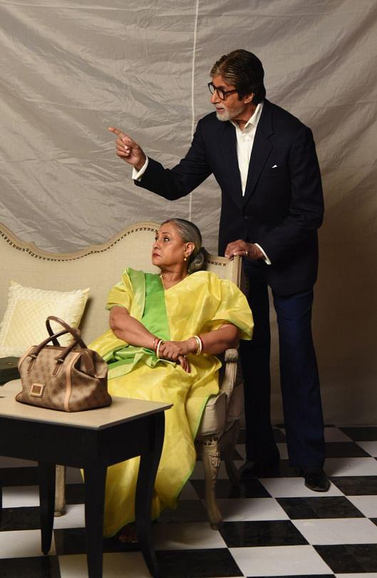 Jaya and Amitabh Bachchan in their Bengali power-couple look (Photo: srbachchan.tumblr.com)
