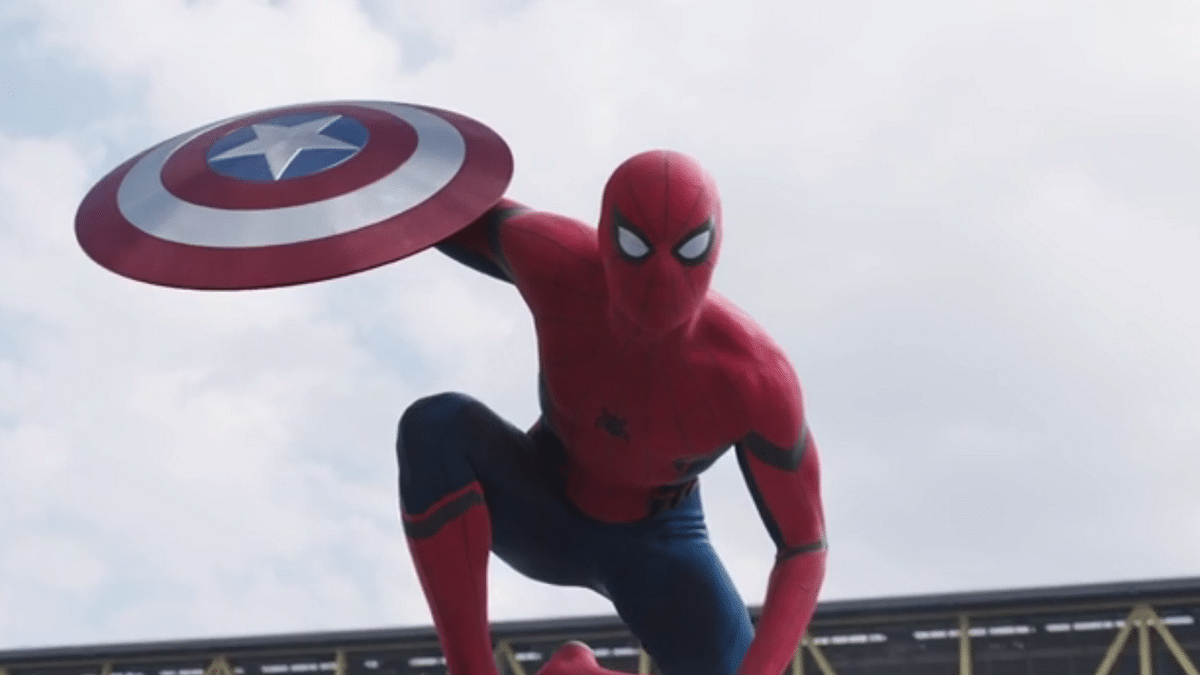 "Spiderman appears in the end of Captain America: Civil War trailer. (Photo: <a href=""https://www.youtube.com/watch?v=dKrVegVI0Us"">YouTube</a>)"
