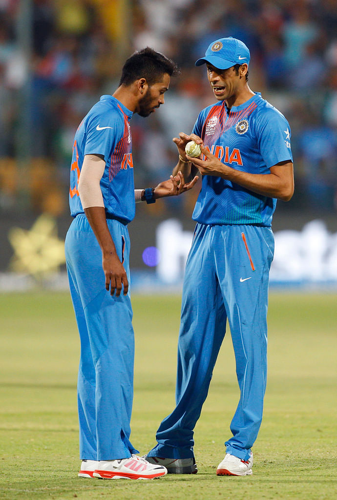 Dew made it difficult for the bowlers to grip the ball, said Dhoni. (Photo: AP)