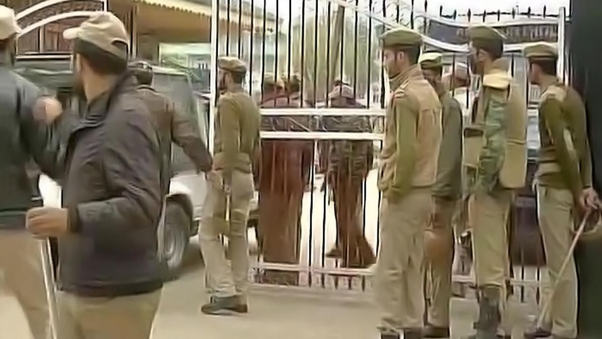 CRPF personnel deployed at NIT Srinagar. (Photo Courtesy: ANI)