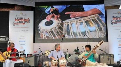 Tabla Maestro and Sultan of Strings. (Photo: Spriha Srivastava)