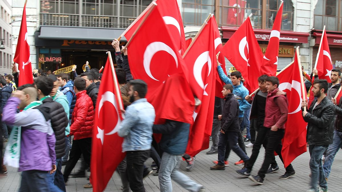 Anti-terrorism protest march in Istanbul. (Photo: Vivian Fernandes/ <b>The Quint</b>)