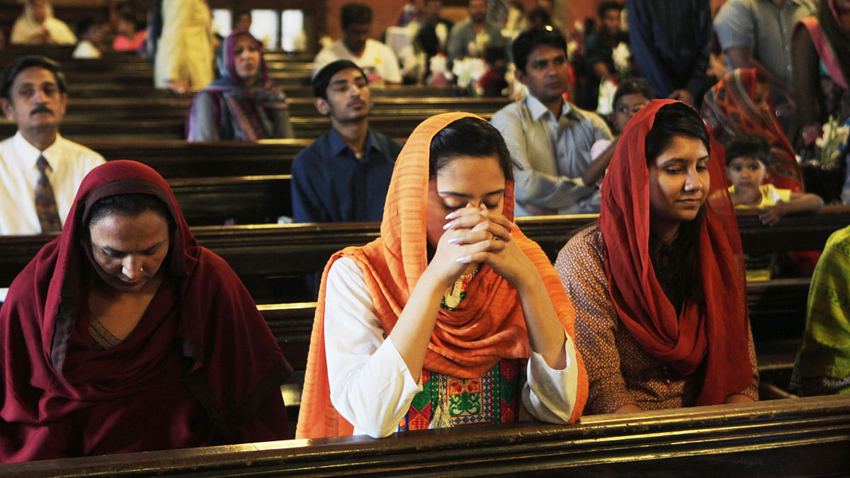 A Pakistani-Christian prays at a church in Lahore. (Photo: AP)