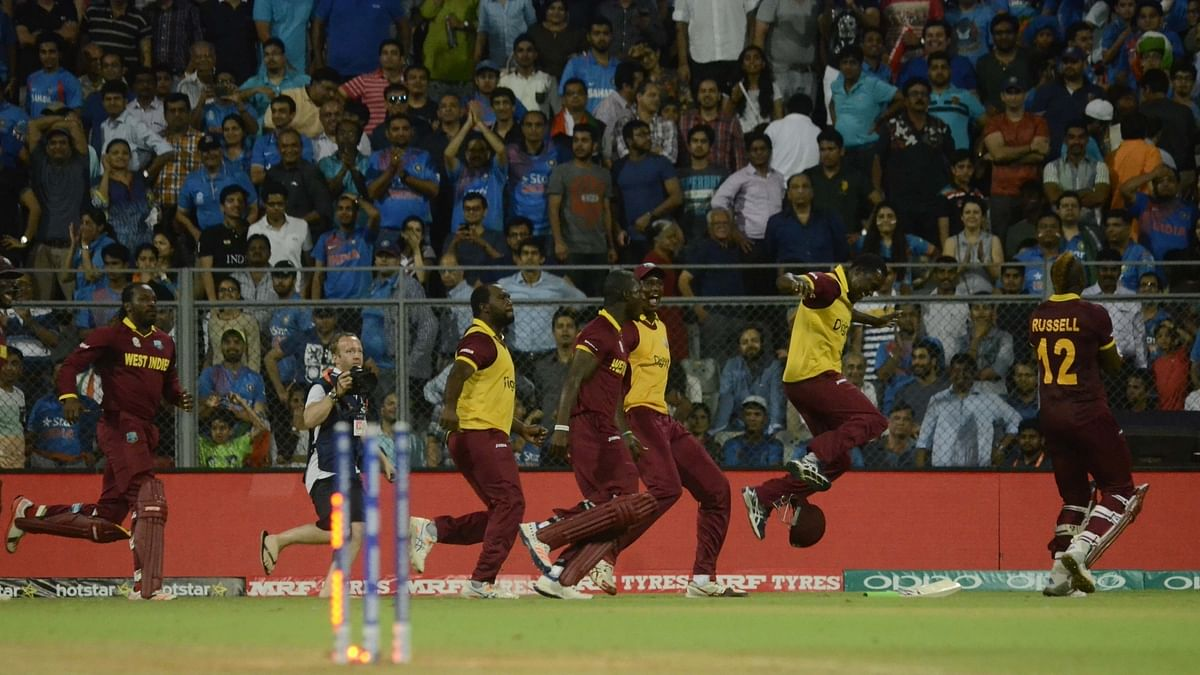 The jubilant West Indies team after the victory (Photo: AP)