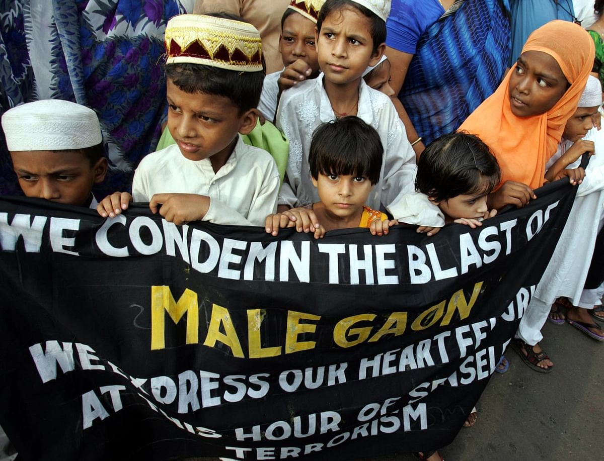 Children in Kolkata, West Bengal during a prayer meeting for the victims of 9 September 2006 Malegaon bomb blasts. (Photo: Reuters)
