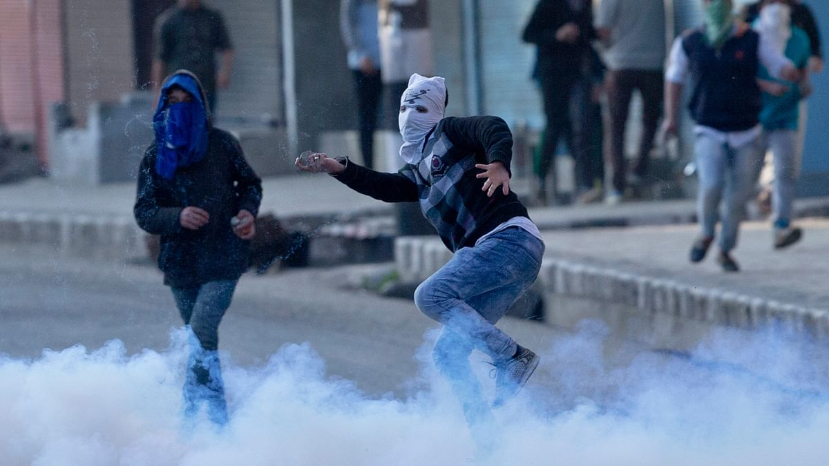 Handwara in Kashmir has been at the centre of major unrest since Tuesday, 12 April, 2016.(Photo:AP)