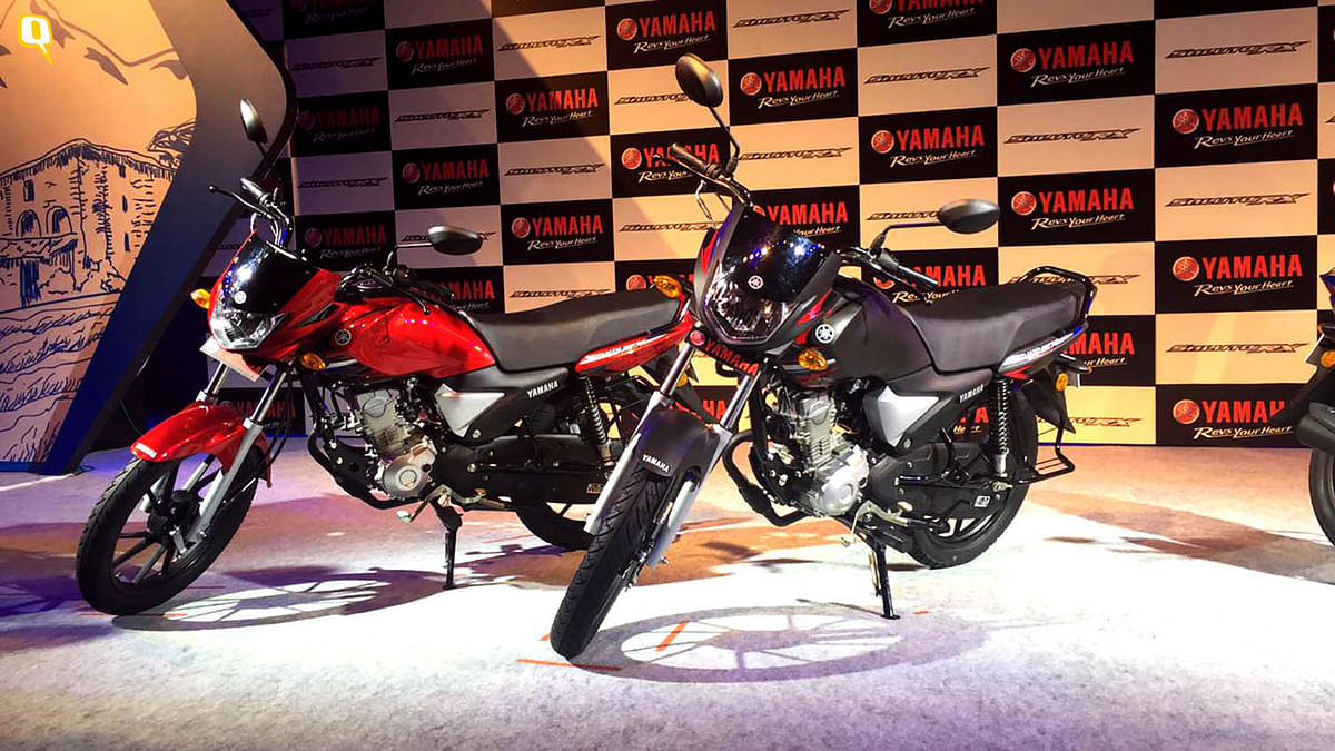 Yamaha Saluto is the latest 110cc bike in the market. (Photo: <b>The Quint</b>)