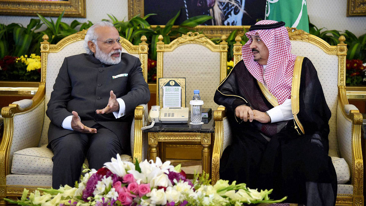 Prime Minister Narendra Modi with Governor of Riyadh Faisal Bin Bandar al Saud at the Riyadh airport.