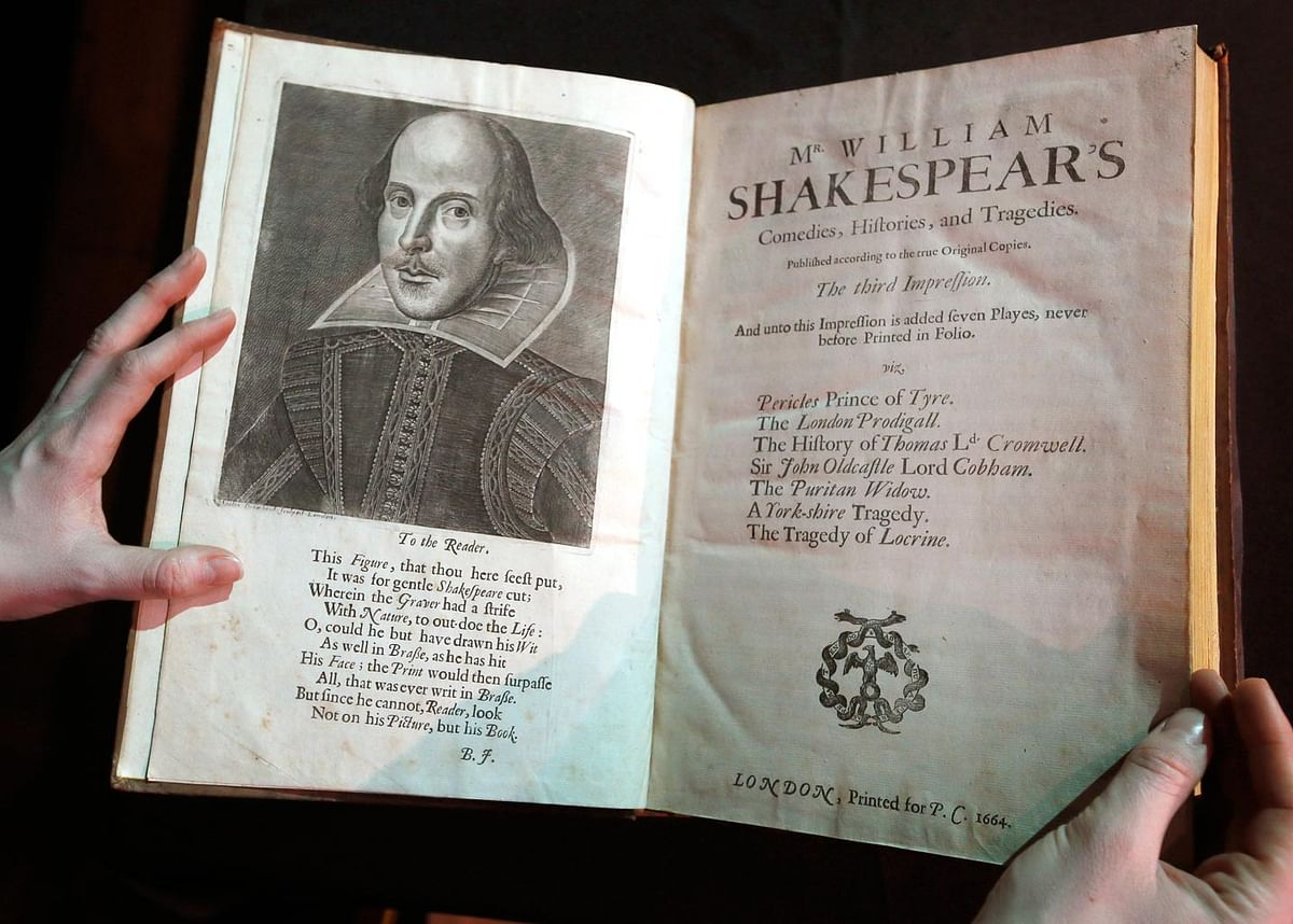 A portrait of William Shakespeare is seen in the Third Folio, in London, Wednesday, 16 March 2016. (Photo: AP)