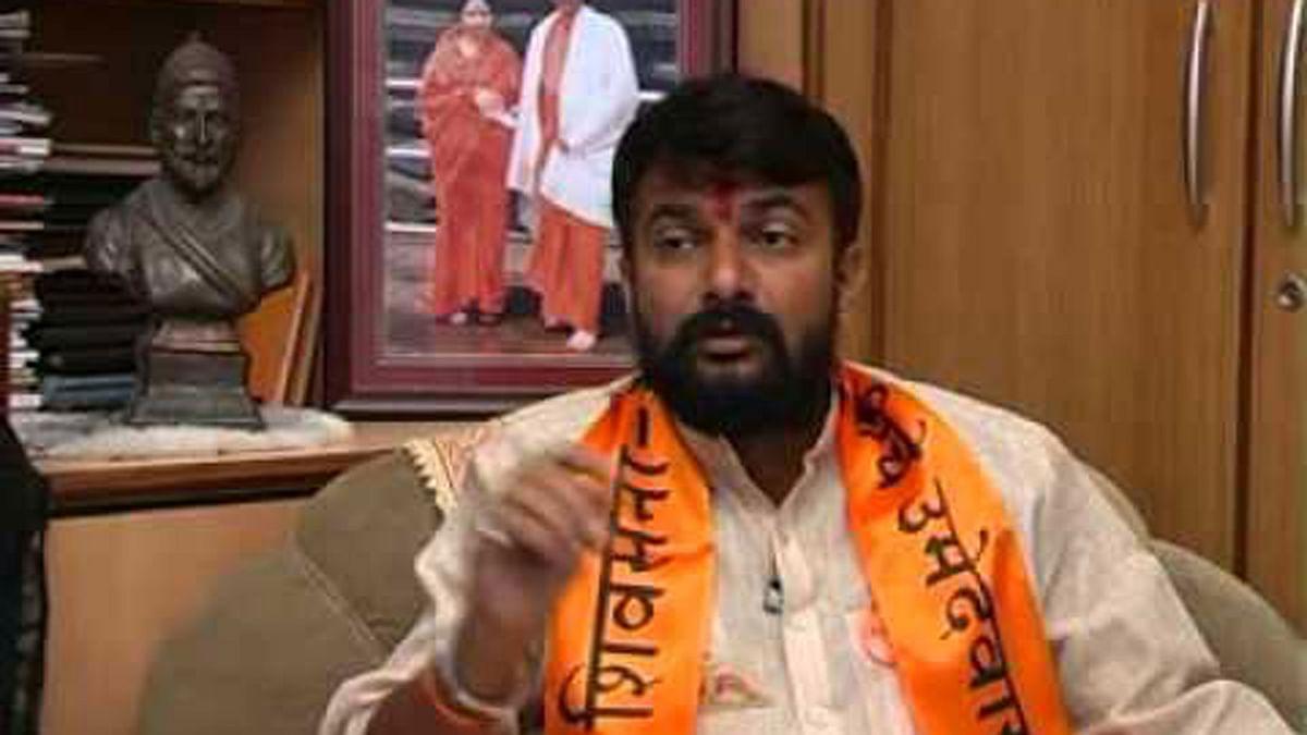 "Shiv Sena MLA, Hemant Patil. (Photo courtesy: <a href=""https://www.youtube.com/watch?v=Ns_InoGFYi4"">YouTube Screengrab</a>)"