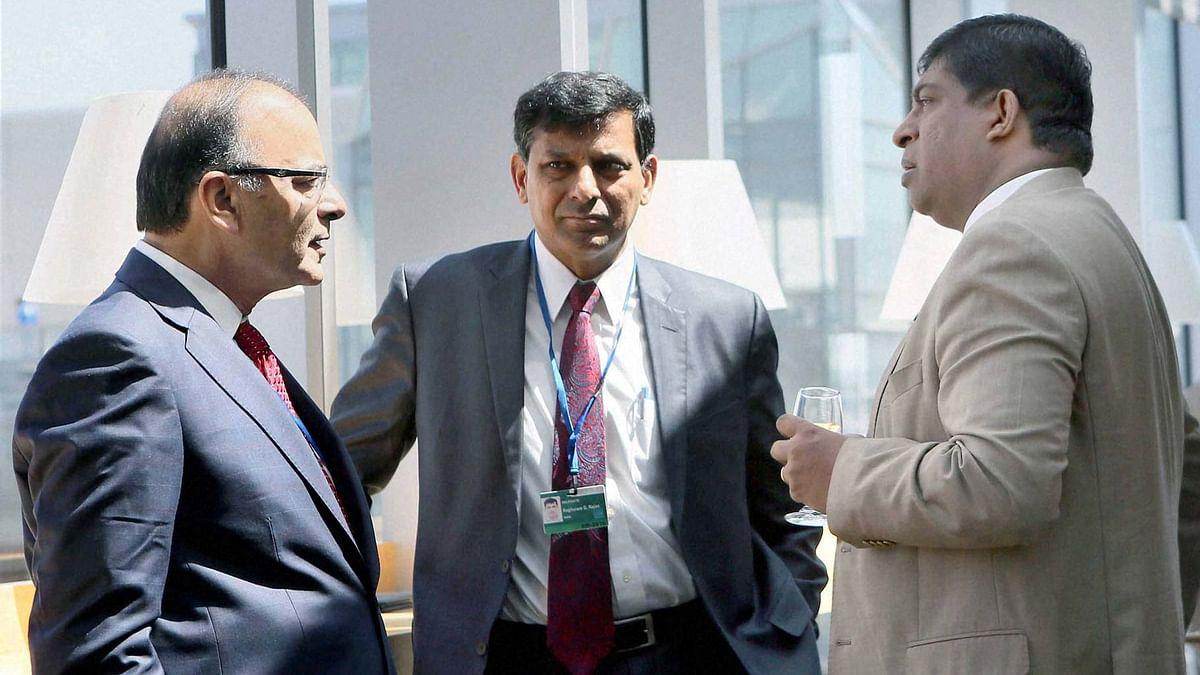 Union Finance Minister Arun Jaitley, RBI Governor Raghuram Govind Rajan and Ravi Karunanayake, Finance Minister of Sri Lanka at IMF 2016 Spring Summit in Washington DC on Friday, 15 April 2016. (Photo: PTI)