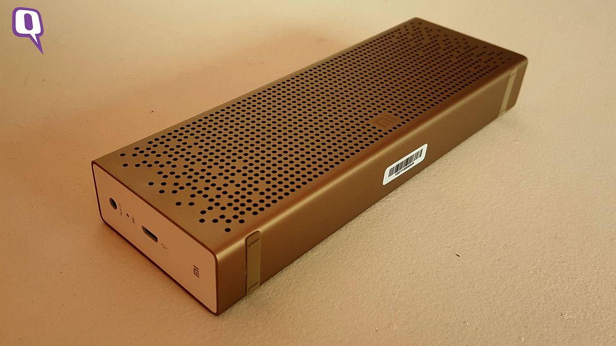 Mi Bluetooth speaker. (Photo: <b>The Quint</b>)