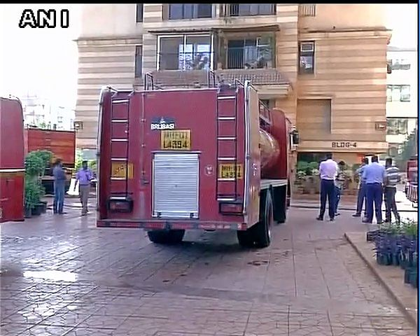 """Fire engines rushed to the site of fire. (Photo Courtesy: <a href=""""https://twitter.com/ANI_news/status/720445786157424640"""">Twitter.com/ANI</a>)"""
