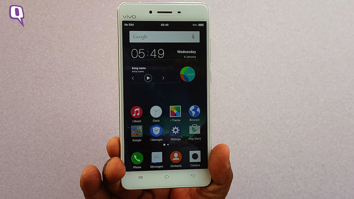 Vivo V3 is the 5-inch smartphone with a HD display. (Photo: <b>The Quint</b>)