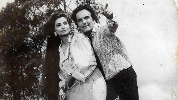 "Feroz Khan with Salma Agha. (Photo courtesy: <a href=""https://twitter.com/VintageMuVyz"">@<b>VintageMuVyz</b></a>)<a href=""https://twitter.com/VintageMuVyz""></a>"