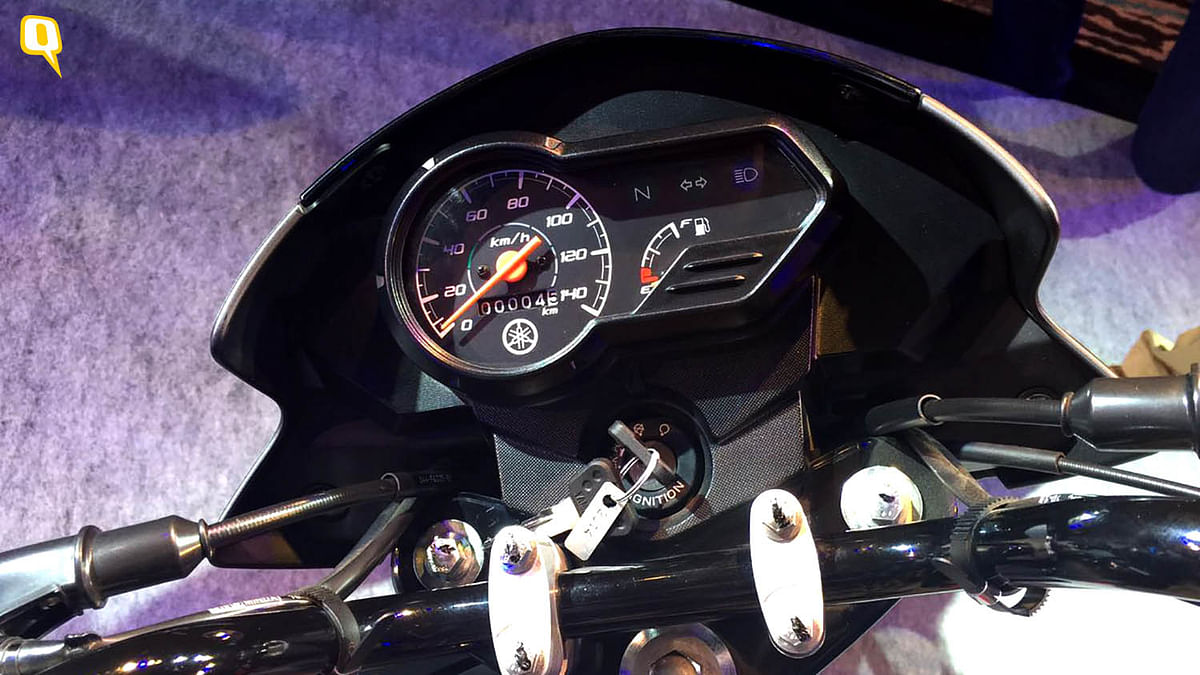 The no-frills instrument cluster on the Yamaha Saluto. (Photo: <b>The Quint</b>)