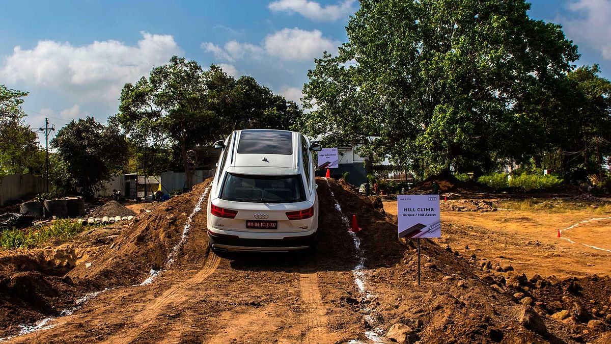 Audi Q7 at the hill climb obstacle during Q drive held in Thane. (Photo Courtesy: Audi)