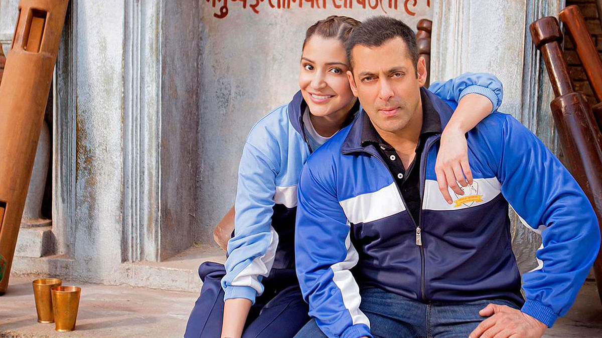 Recently turned friends, Anushka Sharma and Salman Khan (Photo: Twitter/SultanOfficial)