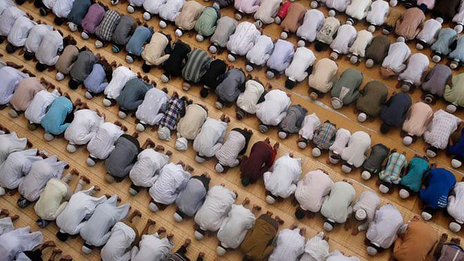 File photo of Muslims offering prayers during Ramadan. (Photo: AP)