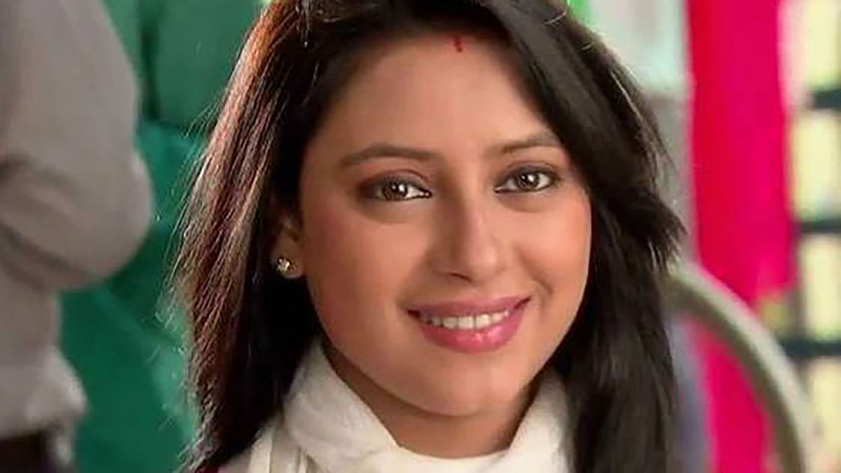 "Pratyusha Banerjee in one of her television appearances. (Photo: Pratyusha Banerjee's <a href=""https://www.facebook.com/photo.php?fbid=113698985692984&amp;set=pb.100011586487753.-2207520000.1459544260.&amp;type=3&amp;theater"">Facebook</a> page)"
