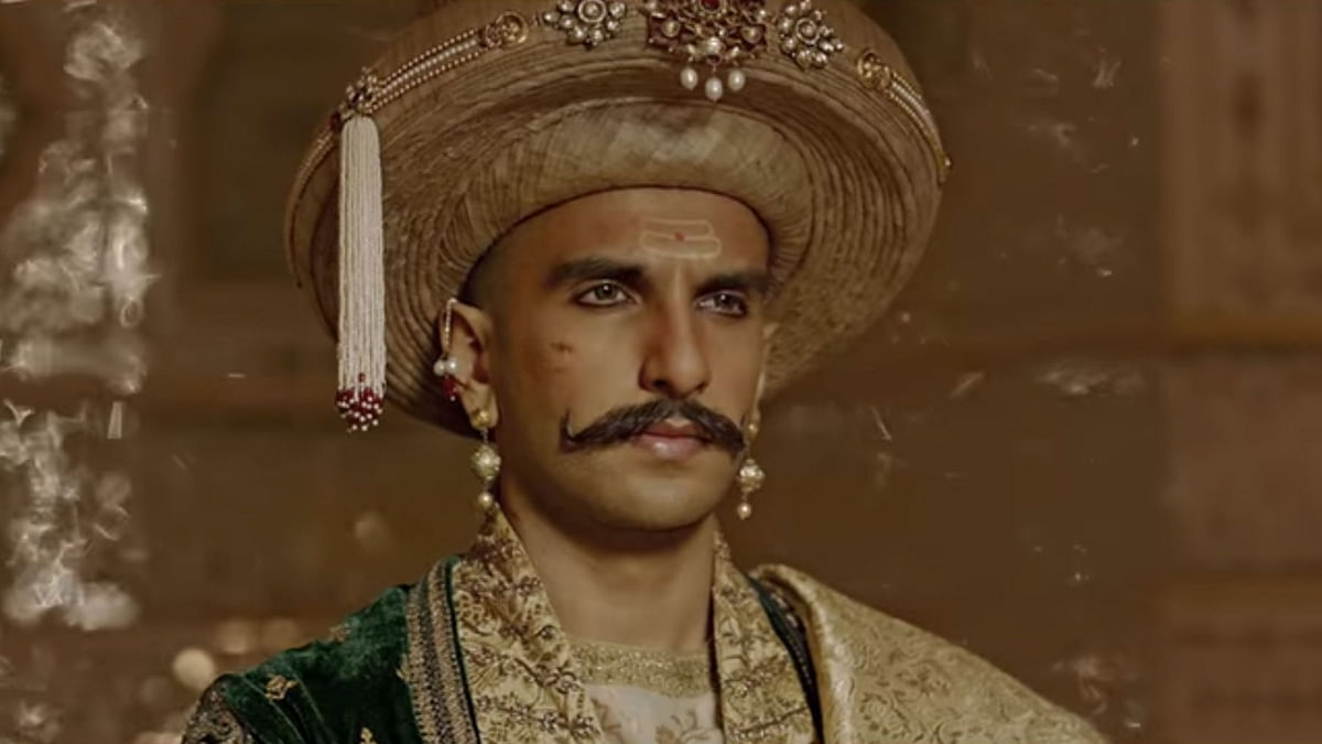 A still from Bajirao Mastani. (Photo: screengrab from Deewani Mastani song)