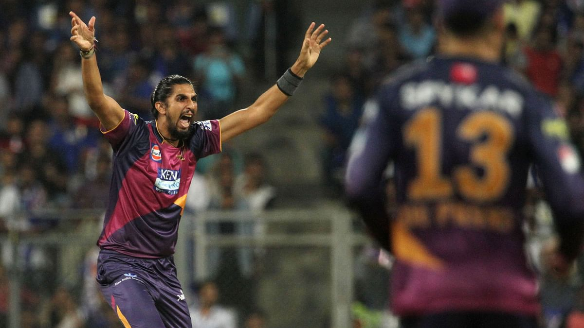 Ishant Sharma celebrates after picking up Rohit Sharma's wicket. (Photo: Sportzpics)