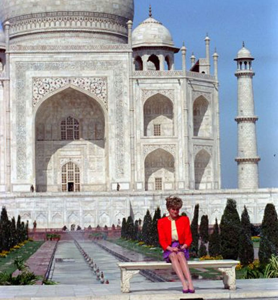 Diana, Princess of Wales, sits in front of the Taj Mahal in Agra city, India during a photo opportunity in this file picture taken 11 February, 1992. (Photo: Reuters)