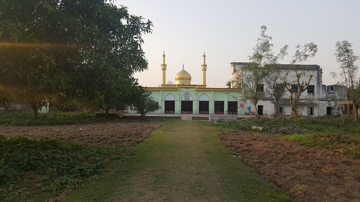 A portion of the property over which once stood the palace of Mir Mohammad Jaffar Ali Khan, Nawab Siraj-ud-Daula's army commander, who betrayed the former in battle of Plassey, in Lalbag, Murshidabad. (Photo: Chandan Nandy/ <b>The Quint</b>)