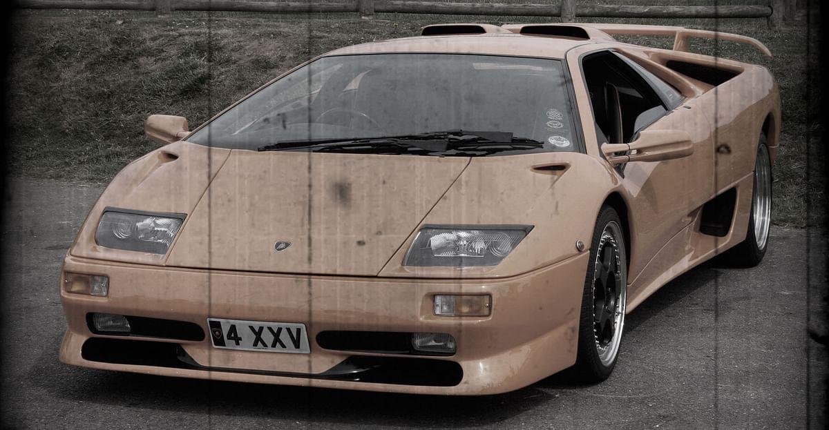 Lamborghini Diablo. (Photo altered by <b>The Quint</b>)