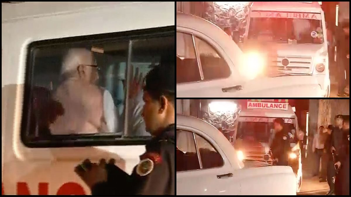 BJP veteran LK Advani leaving AIIMS hospital in the ambulance carrying the remains of his wife Kamla Advani on Wednesday, 6 April 2016. (Photo: ANI/<b>The Quint</b>)