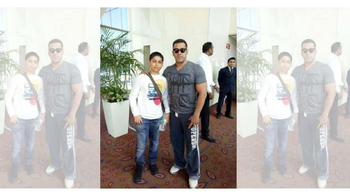 Salman Khan is impressed by this young boy (Photo courtesy: Twitter)