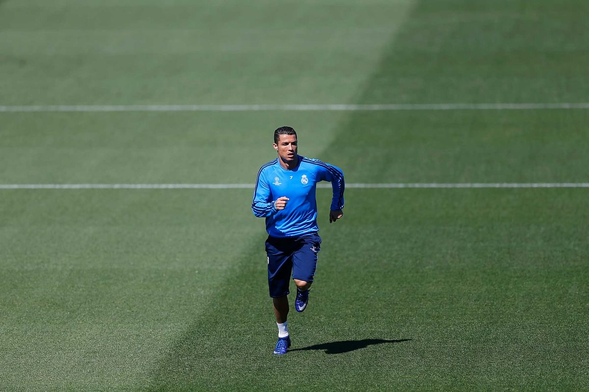 Real Madrid's Cristiano Ronaldo runs during a training session at the team's Valdebebas training ground. (Photo: AP)