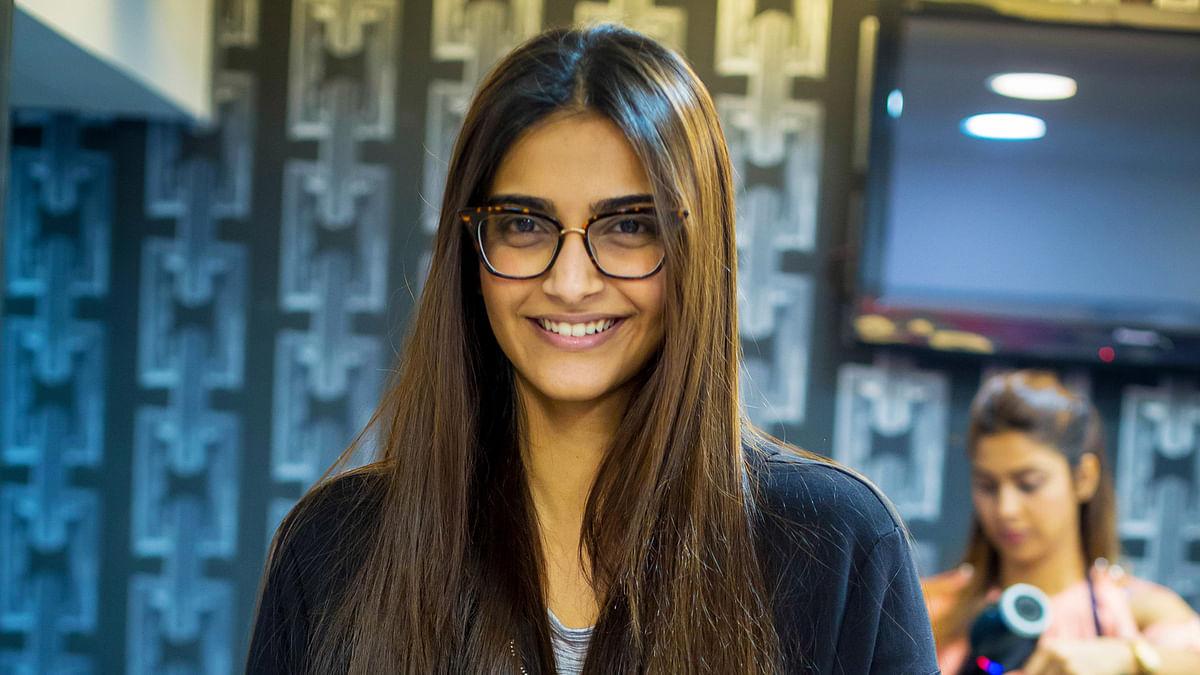I'm Thoughtful & Uber Glamorous, I'm Every Woman: Sonam Kapoor