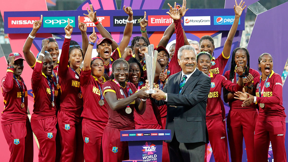 The West Indies Women's Cricket Team with the World Cup Trophy (Photo: AP)