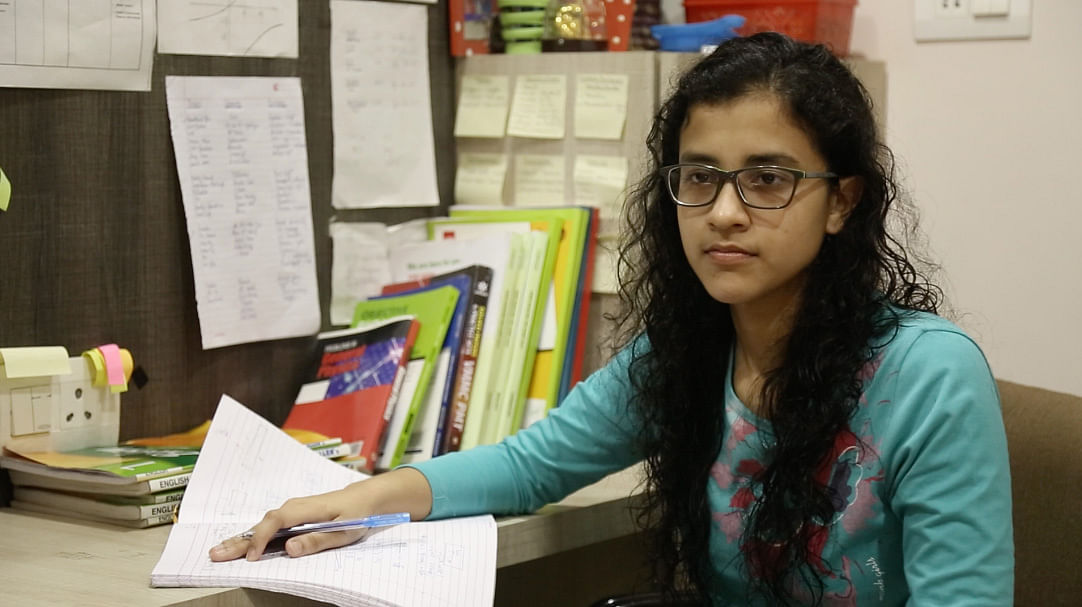 Daughter of a leading ENT specialist in Kota, Sfruti is fighting pressure as she prepares for the AIPMT. (Photo: <b>The Quint</b>)