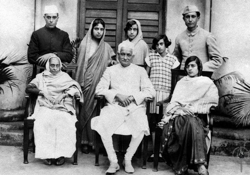 "The Nehru family, from left seated: Swarup Rani Nehru, Motilal Nehru, Kamala Nehru. Standing: Jawaharlal Nehru, Vijaya Lakshmi Pandit, Krishna Kumari, Indira and R.S. Pandit. (Photo Courtesy:&nbsp;<a href=""http://www.nehrumemorial.nic.in/en/galleries/photo-gallery/category/40-jawaharlal-nehru-with-family-members.html"">Nehru Memorial Museum and Library</a>)"