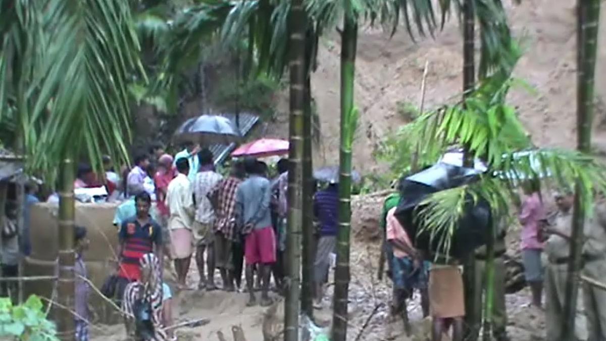 Landslide occurred Hailakandi Karimganj border (Photo courtesy: Anjana Dutta/<b> The Quint</b>)