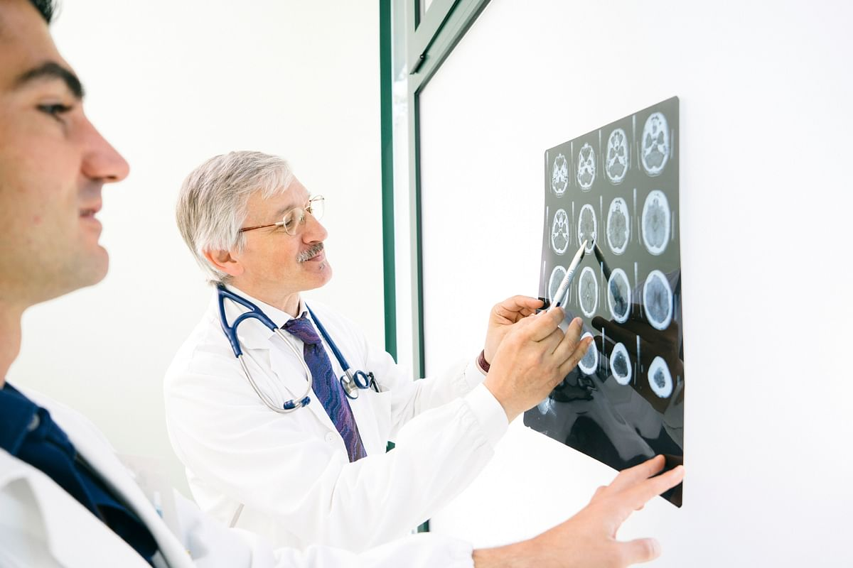 If blood flow to the brain is cut off for longer than a few seconds, the brain cannot get nutrients and oxygen. Brain cells can die, causing lasting damage - exactly that happens in a brain stroke (Photo: iStock)