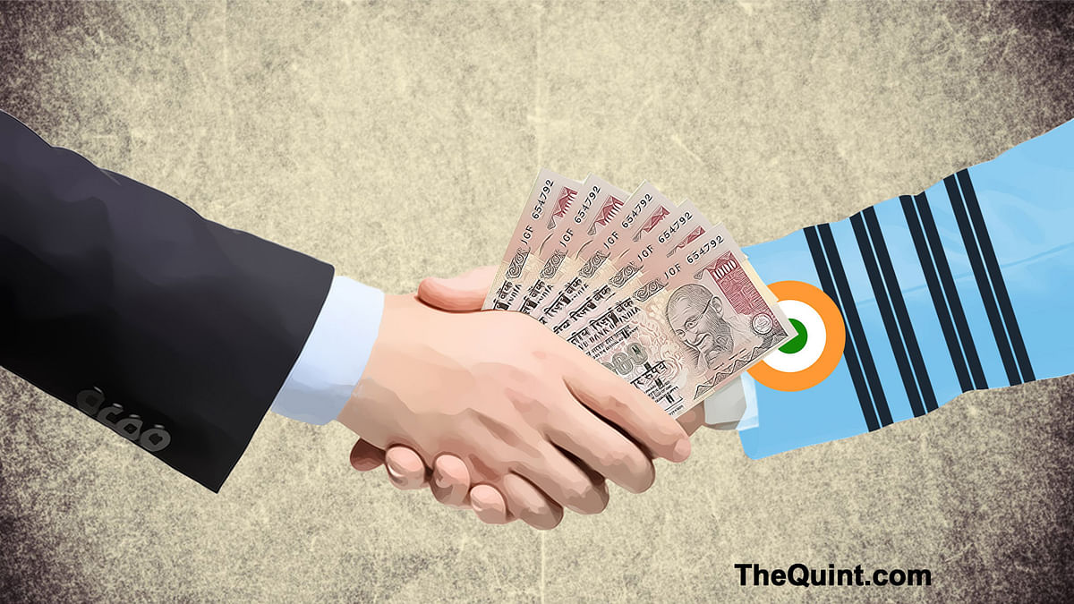 The AgustaWestland deal has caused an uproar in Parliament with both BJP and Congress trading accusations on the VVIP chopper deal. (Photo: <b>The Quint</b>)