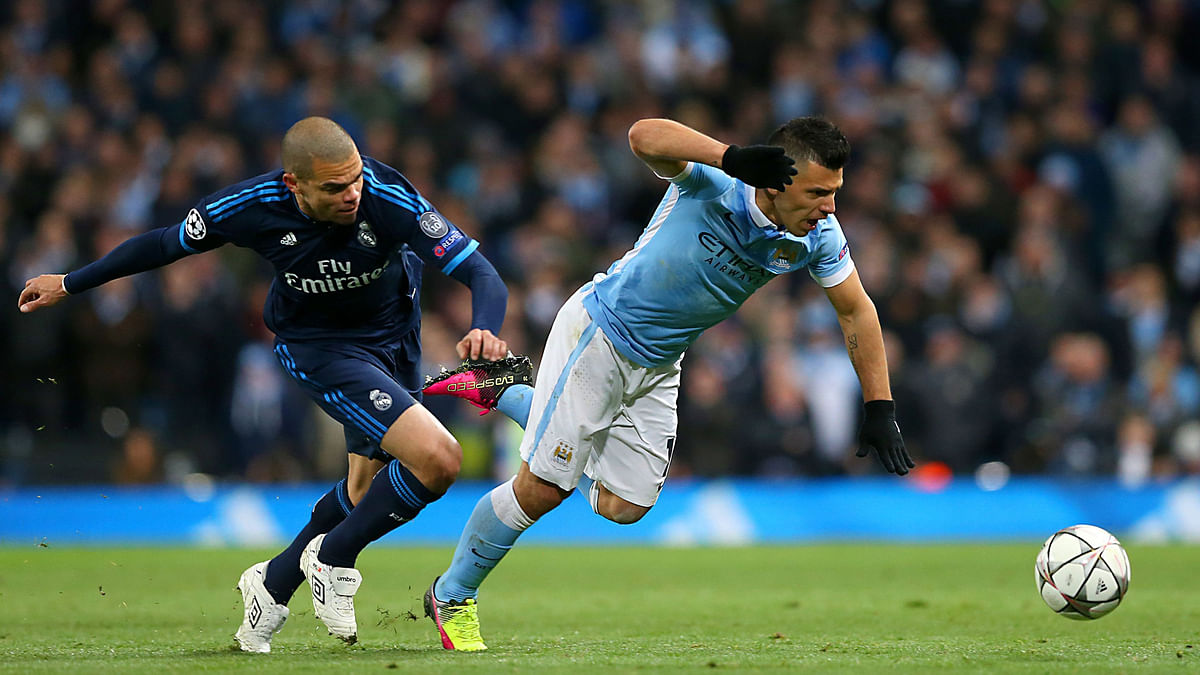 Real Madrid's Pepe and Manchester City's Sergio Aguero during the semi final first leg (Photo: AP)