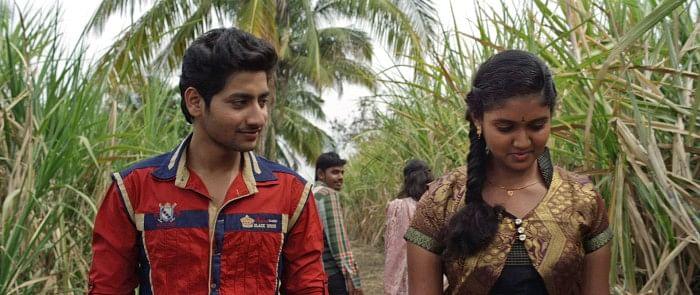 Akash Thosar and Rinku Rajguru in <i>Sairat</i>