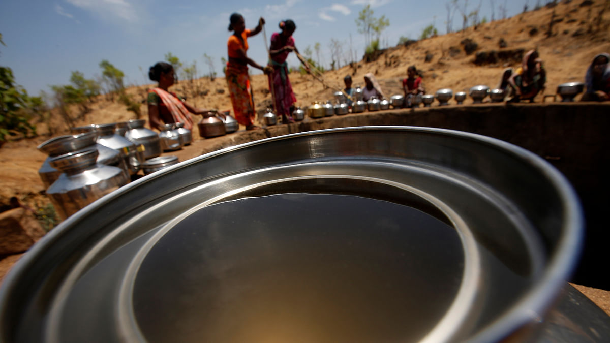 Drought-hit Latur has been sent a bill of about Rs. 2 crore by Railways for water train service. (Photo: AP Photo/ Rajanish Kakade )