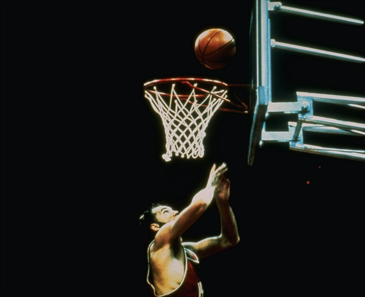 In this Sept. 10,1972 file photo, Soviet Union basketball team player, Aleksandr Belov scores the winning basket to push his team past the United States 51-50 during the summer Olympics in Munich. (Photo: AP)<a></a>